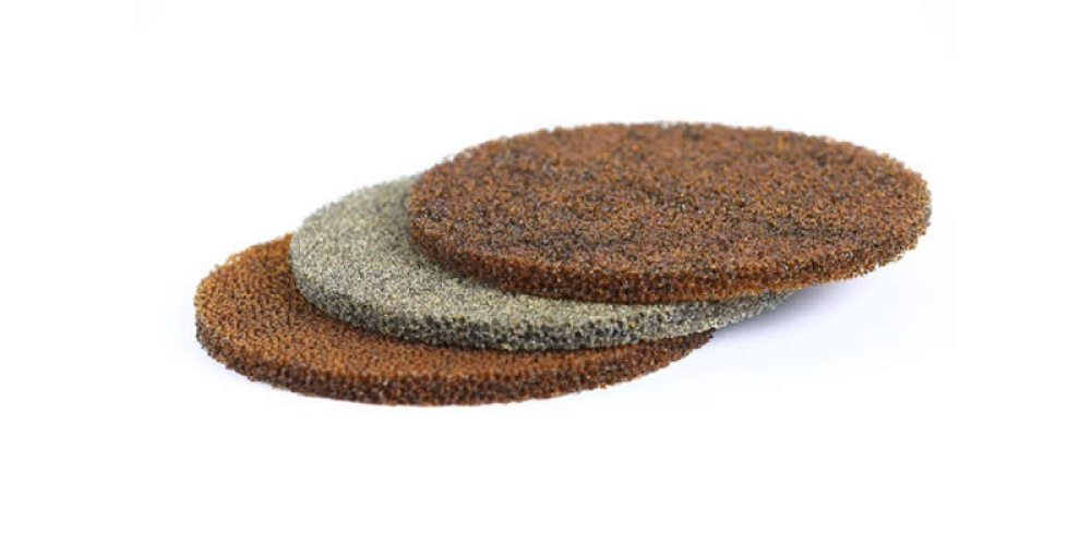 Foam filters with ion exchange resin